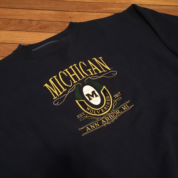 Midwest Embroidery Other Vintage Mens Michigan Wolverines Crewneck